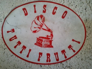 Logotip: Milan-Pauli Ribič - Amblem disco cluba