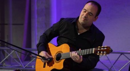 ANDREJ GROZDANOV & World Guitarists – Gospel on Guitar