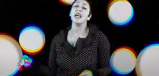 """JE VEUX – Debitantski album """"I Glow"""", novi single i spot """"Lovable"""""""